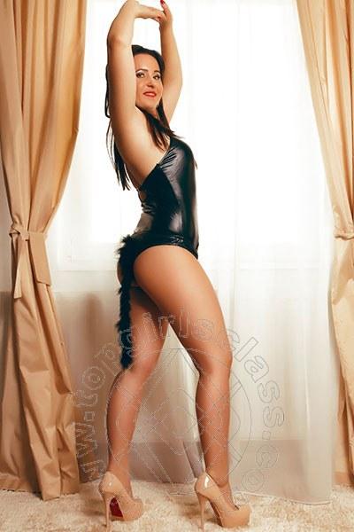 Larissa Lady  UELZEN 004915145971250