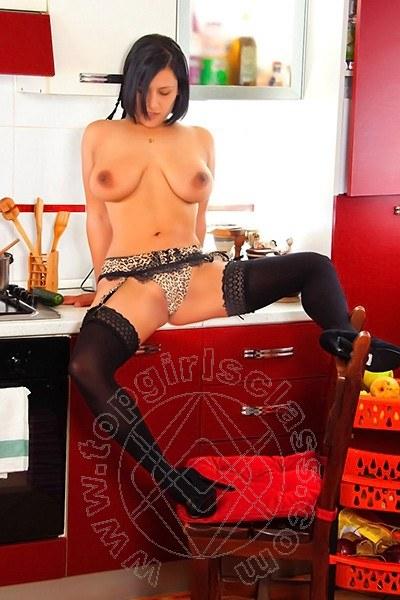Vania Lover  SALERNO 3208473518