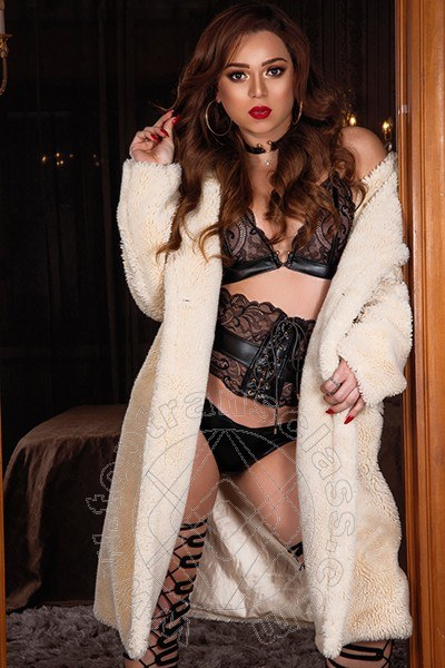 Megan Secret  MENTONE 3280072203